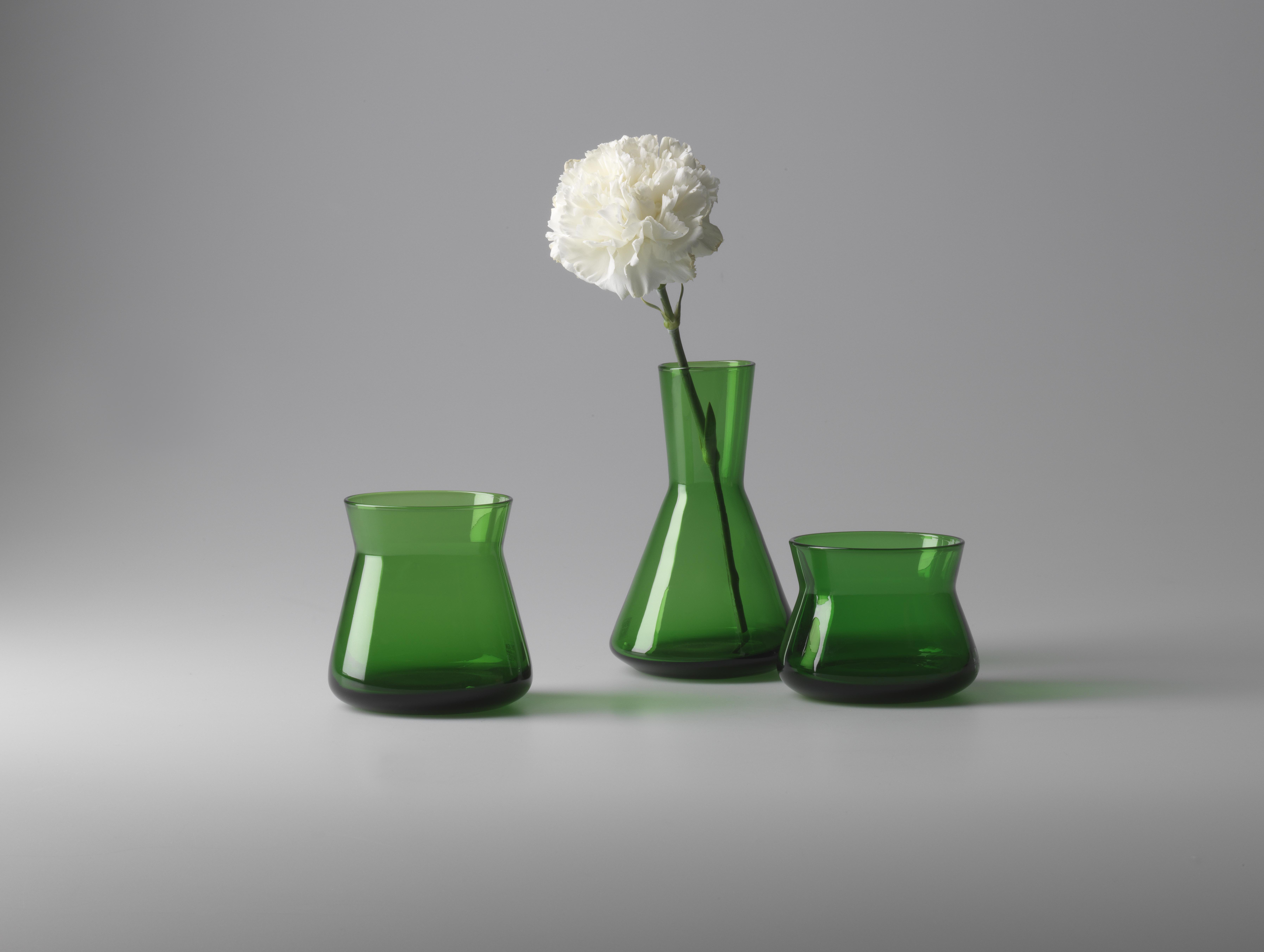 Trio vaser i smaragdgrönt