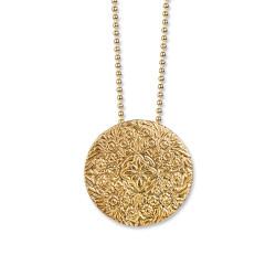 SHIELD GOLD  1,750 kr Produktbeskrivning Halsband med hänge i sterling silver förgyllt med 18 karats guld 36 mm i diameter. Kulkedja 2,0 mm sterling silver förgyllt med 18 karats guld. Längd 42 cm.
